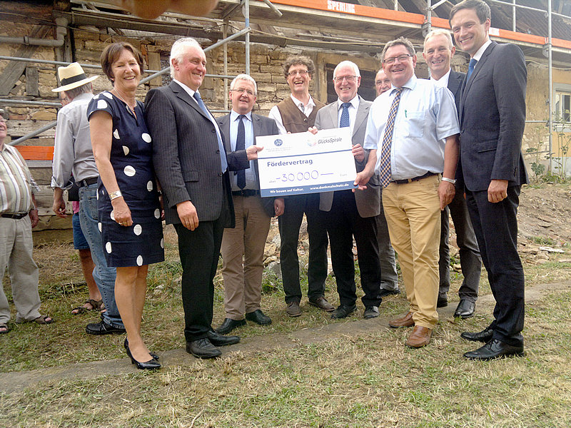 Deutsche Stiftung Denkmalschutz schließt den Fördervertrag mit dem Verein IG Bauwerkerhalt e.V.